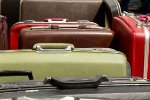 pile of old vintage bag suitcases bag old vintage case pile suitcase object pack holiday carrying t20 XvRGX9
